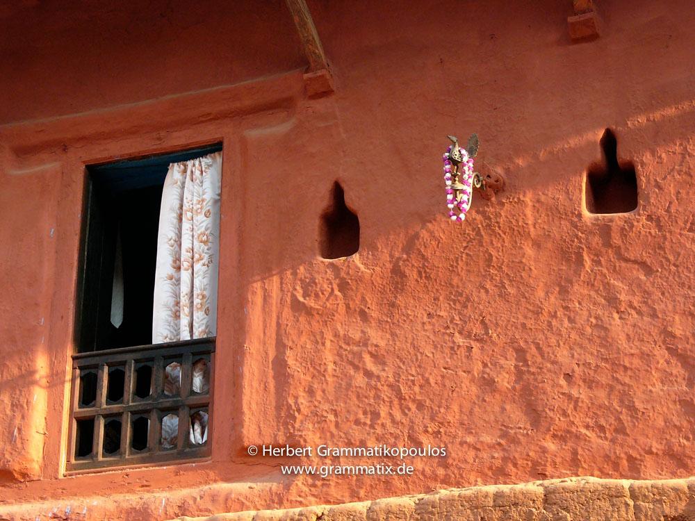 Nepal, Western Region, Lumbini Zone, Palpa District, Tansen: A traditional house between Shita Pati and Taksar