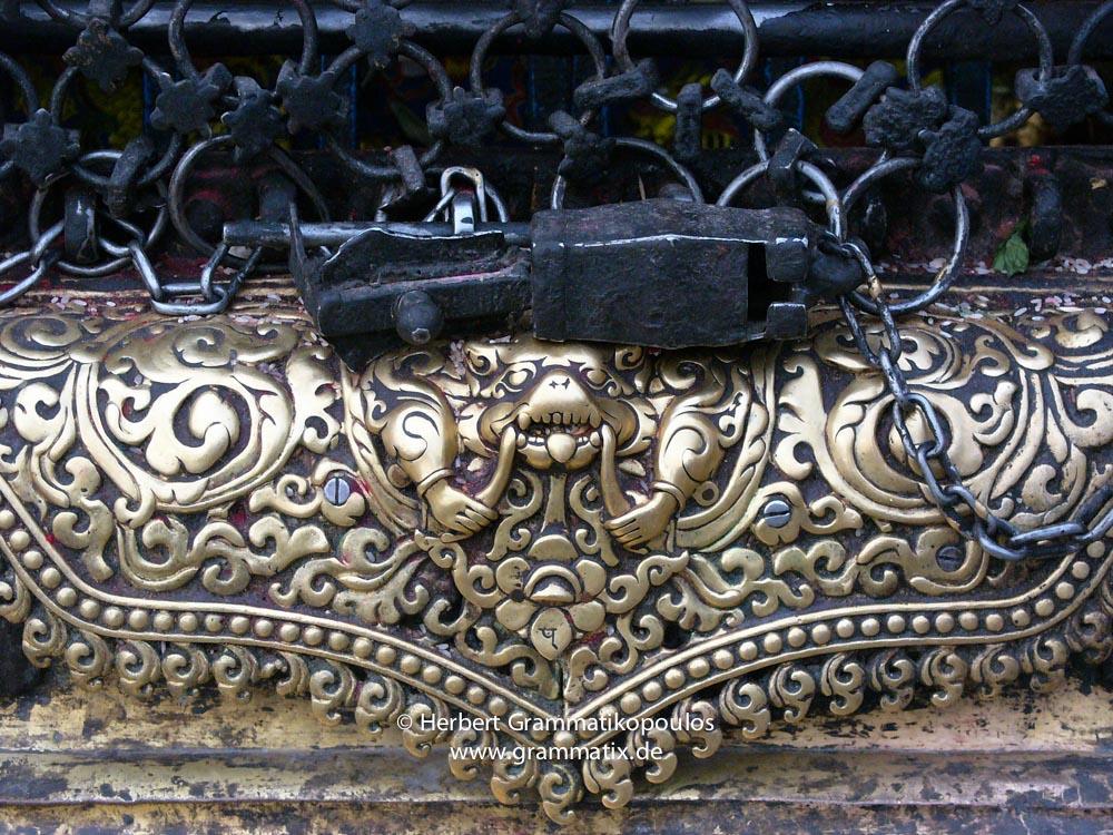 Nepal, Central Region, Bagmati Zone,Kathmandu, Swayambhou: Talsa at one of the niches of the great stupa