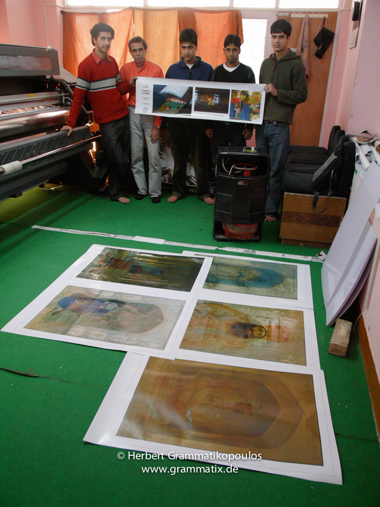 India, Kashmir, Srinagar, Khoj International Artists Workshop 2007: Printing the works of photography  by H.Grammatikopoulos  with works of Tooraj Khamenehzadeh, Iran in the foreground