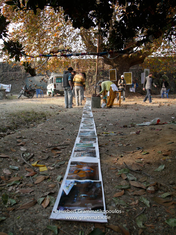 India, Kashmir, Srinagar, Khoj International Artists Workshop 2007: View on the garden; my work on the ground, starting at Showkats Bunker (25m long)