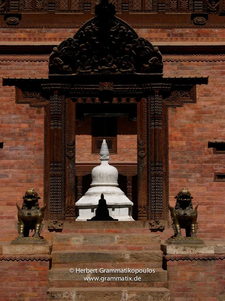Nepal, Central Region, Bagmati Zone, Bhaktapur District, Bhaktapur: Glimpse into a Buddhist temple