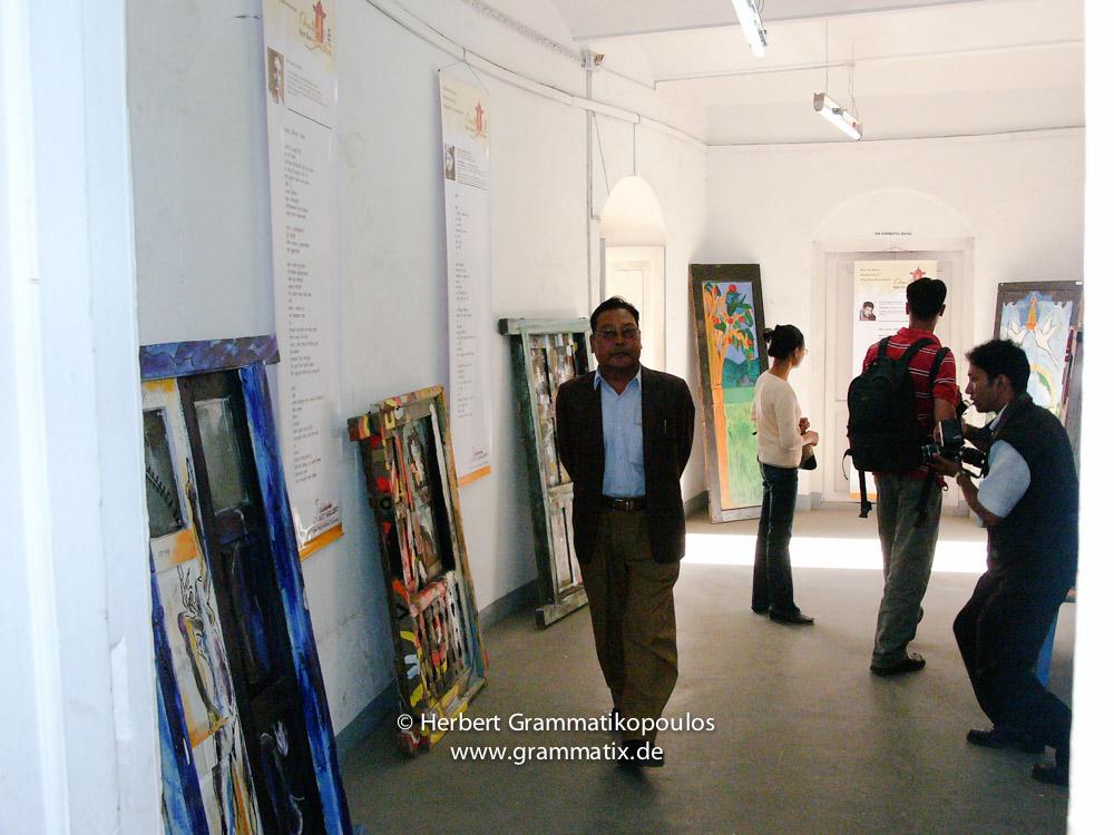 Nepal, Central Region, Bagmati Zone, Kathmandu, Bal Mandir, Khulla Dhoka Exhibition: Painted doors and spectators