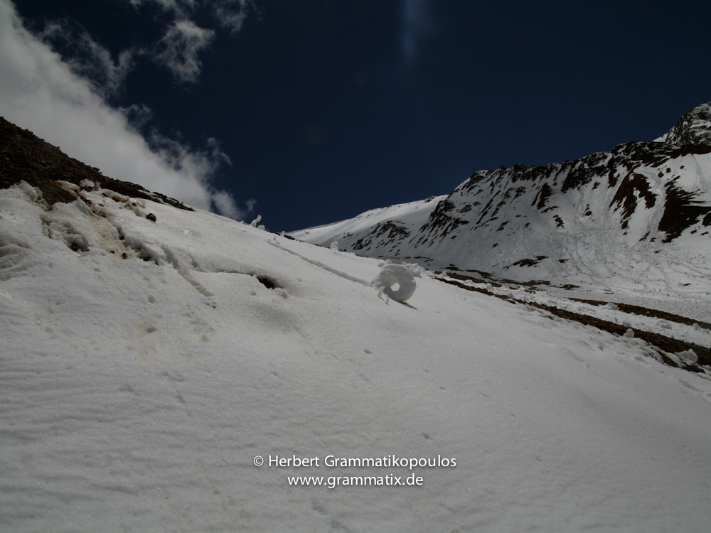 Nepal, Humla: An avalanche at the northface of Lolung Bhanjyang pass (4952m), the gateway to Tibet's Manasarowar Lake