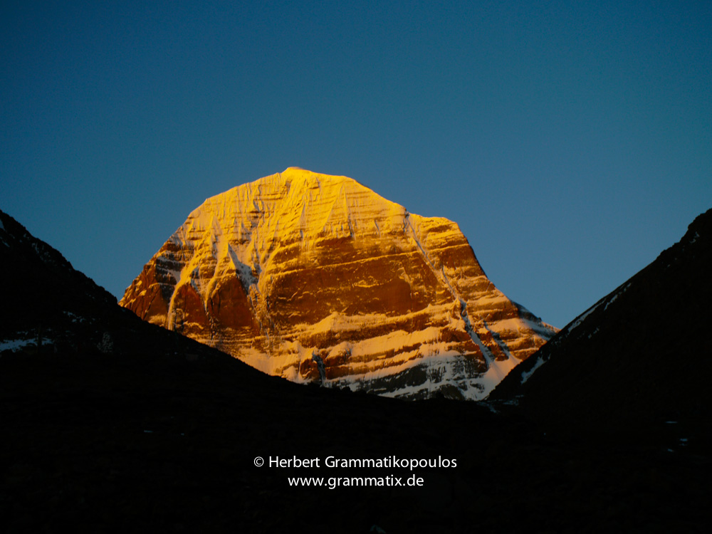 Tibet, Kailash-Kora, Drira Phug (4998m): The north face of Mt.Kailash (6714m) at sunrise from the camping site opposite Drira Phug monastery